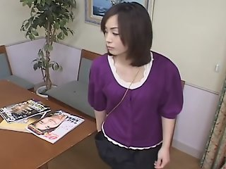 Cute Japanese gets her pussy..
