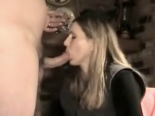 Wife gives experienced bj..