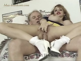 Erica Gets Gaped by Max..